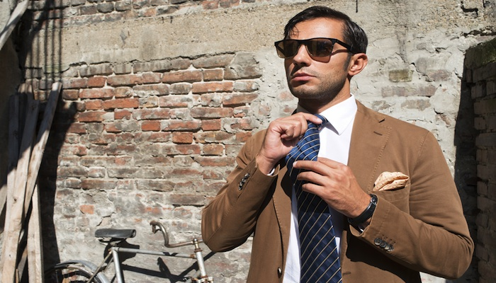 a man sporting a spring tie
